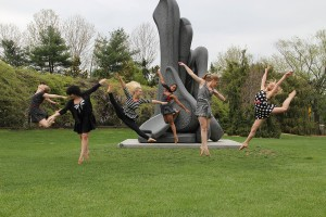 The Circle of Seven by MM2 Modern Dance Company