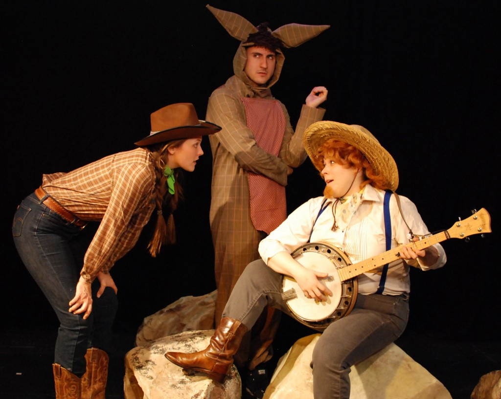 Jenna Pinchbeck, Dexter Anderson, and Katherine Perry in RODEO. Photo by John Donges.