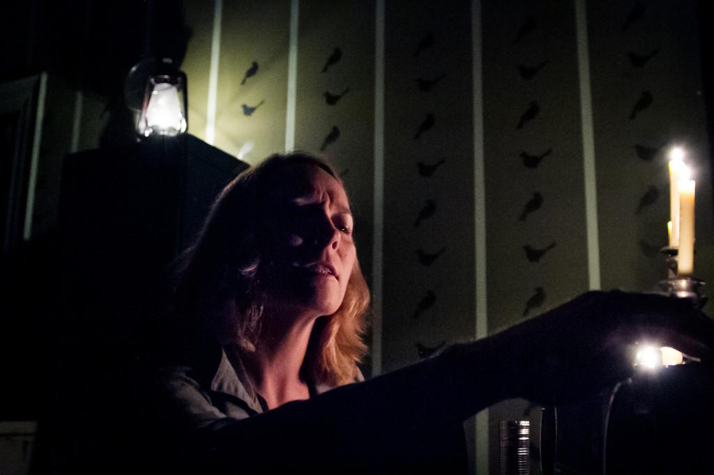 Aetna Gallagher in Curio Theatre Company's THE BIRDS. Photo by Rebecca Gudelunas.