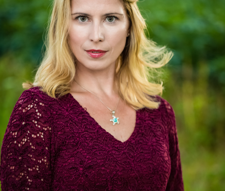 Shelley Pentimell-Bookler. Photo by Brian Miller of Chorus Photography.