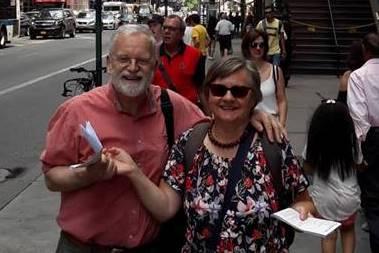 01. Henrik Eger & Elke Brackmann on their way to MoMA in NYC, Aug. 2018. Photo by Britta Jesinghaus-Eickelbaum