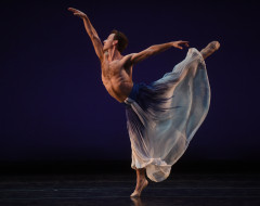 DANCES TO AMERICAN MUSIC (Mark Morris Dance Group and Music Ensemble): A breath of familiarity