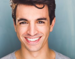 Jacob Tischler Stops In Irving Berlin's Holiday Inn