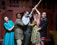 NOISES OFF (Curio): Utter nonsense, superbly structured and out of control